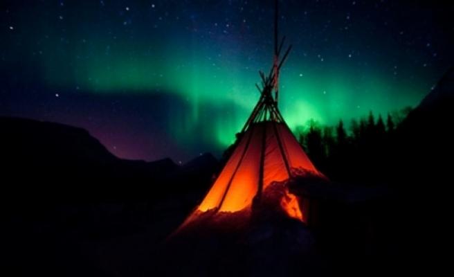 İsveç'te gök yüzünde muhteşem görüntü...FOTO
