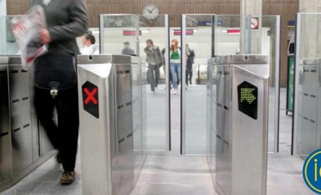 Kaçak binenleri önlemek için, Stockholm metrosunda yeni uygulama