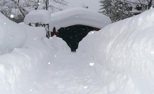 Kar yarım metreyi buldu, Stockholm Masal şehir oldu...FOTO