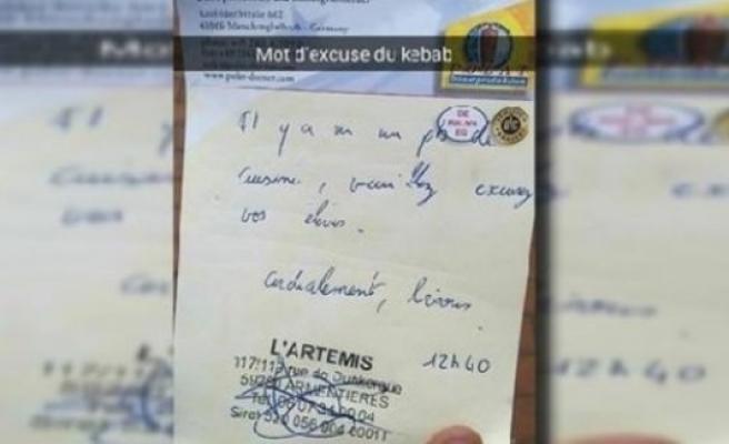Kebabcının yazdığı not o ülkede  paylaşım rekoru kırdı