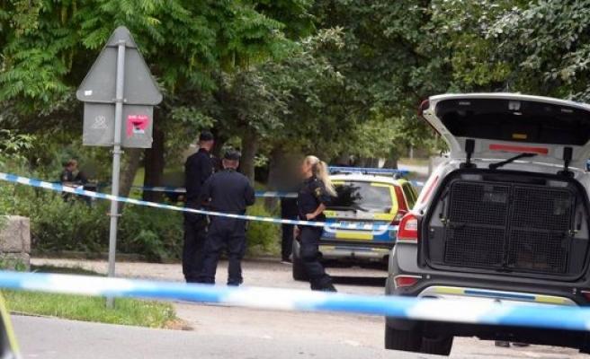 Kista ve  Akalla'da iki kişi öldürdü