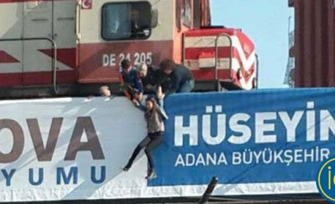 Köprüden atlamak isteyen genç kızı vatandaşlar kurtardı
