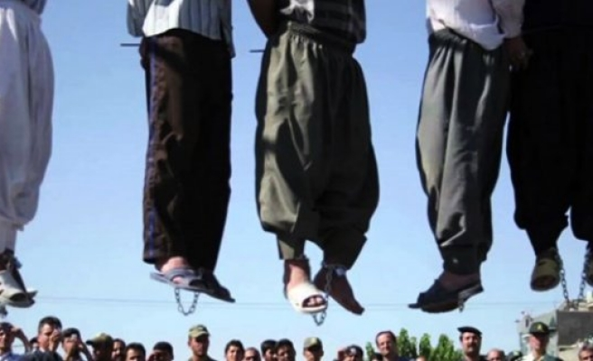 Köyün tüm erkekleri idam edildi!