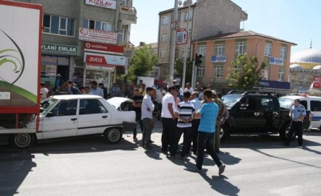 Kulu'da Aşırı Hız, 2 Yaralı