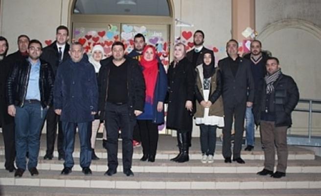 Külünk, İsveç'te ki kundaklanan Uppsala Camisini ziyaret etti