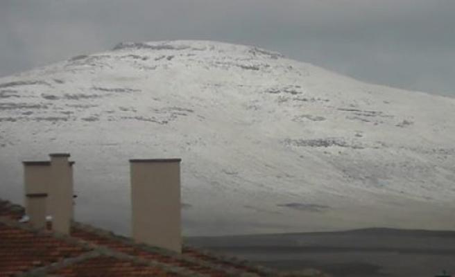 Kulu'ya Mart Kar'ı Yağdı