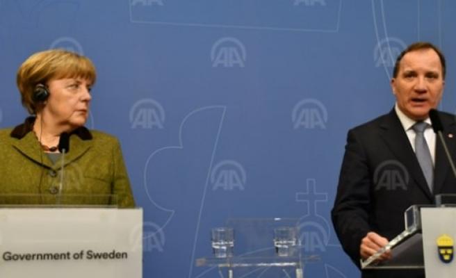 Merkel ve Löfven'den Trump'a ağır eleştiri