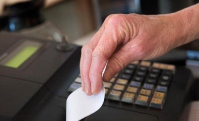 Müşteriye yazar kasa fişi vermemenin cezası 10 bin kron