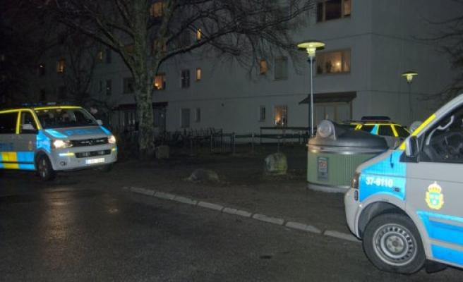 Norgsborg'de bir genç soyuldu
