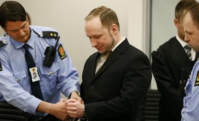 Norveç, Terörist Breivik'in kaçmasından korkuyor