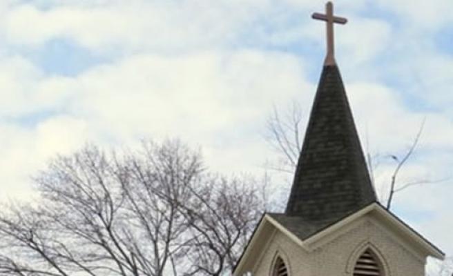Norveç'te devleti dolandıran kiliseye polis baskın yaptı!