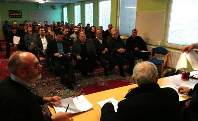 Rinkeby Cami'sinin Yeni Başkan ve Yönetim Kurulu Seçildi