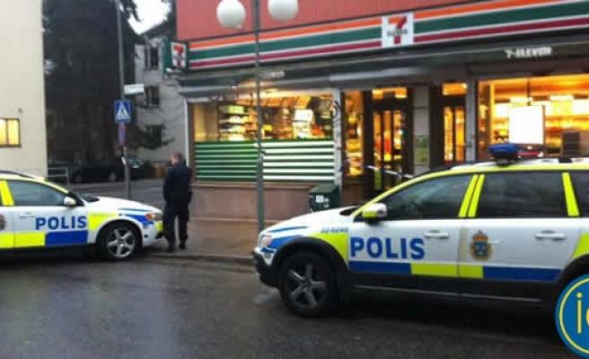 Stockholm'de bir saat içinde üç büyük soygun!