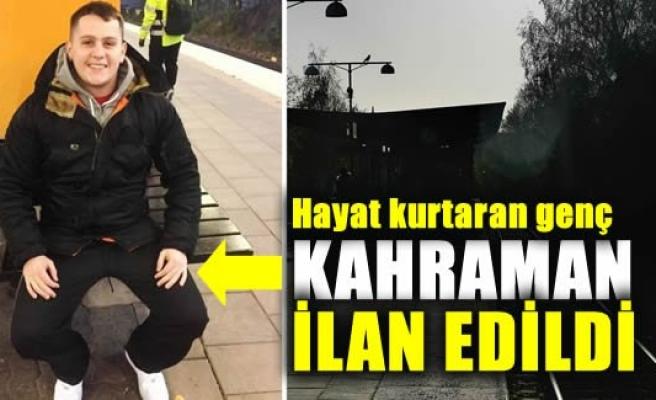 Stockholm'de raylara düşen adamı kurtaran genç kahraman ilan edildi