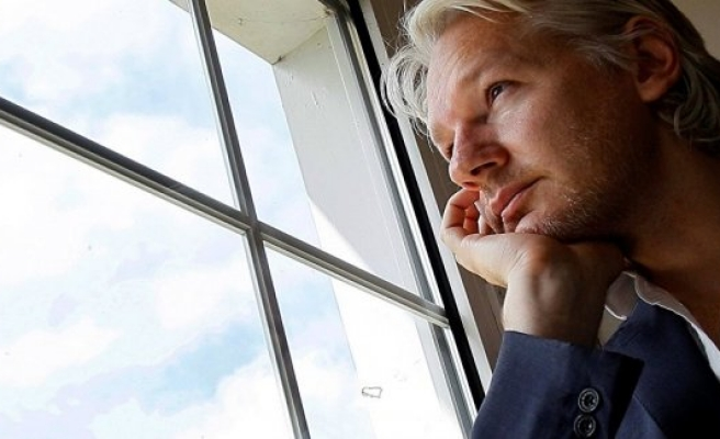 Stockholm Mahkemesi'nden Assange'ra Kötü Haber
