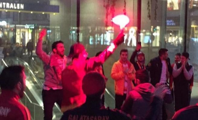 Stockholm sokaklarında Galatasaray coşkusu
