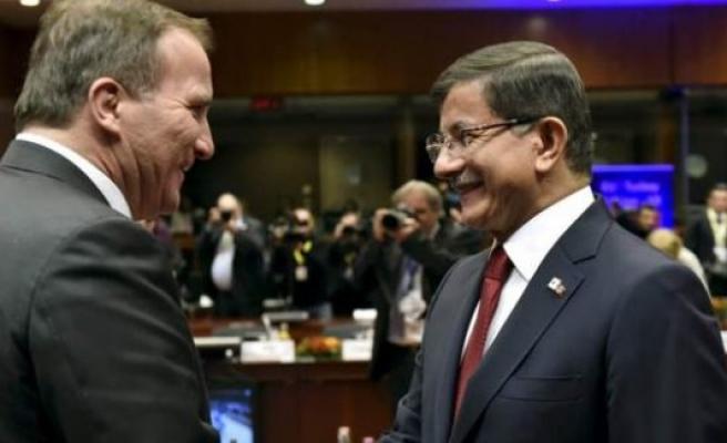 Times: Avrupa Kapılarını 75 Milyon Türk'e Açıyor