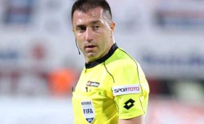 UEFA'dan Hakem Hüseyin Göçek'e İsveç'te Görev