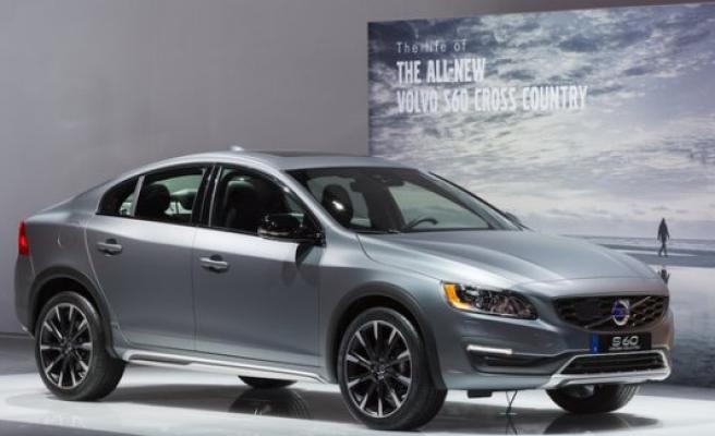 Volvo yeni Crossover serisiyle pazarı ele geçirmek istiyor