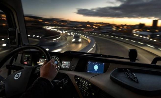 Volvo'nun multimedya özellikli tırları yollarda