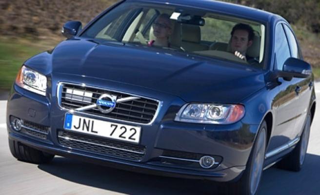 Yabancı plakalı araçların, Türkiye'de 6 ay kalma süresi 2 yıla çıkartılıyor
