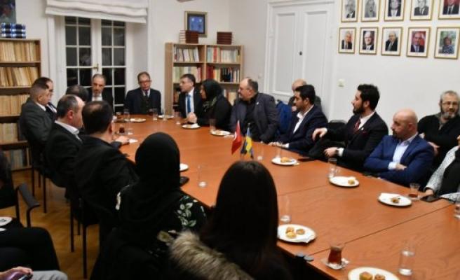 Yeneroğlu, İsveç'te STK temsilcileriyle buluştu