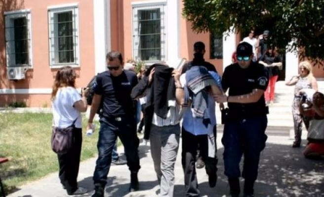 Yunanistan'a kaçan hainlerin isimleri belli oldu