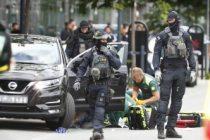 İsveç'te kırmızı alarm ICA Maxi önünde bir kişi vuruldu