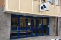 İş Bulma Kurumu Arbetsförmedlingen'de çalışan iki memur bıçaklandı