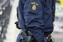 İsveç'te barikat kurup polisi tehdit etti