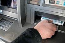 İsveçli anne çocuğunun banka hesabını boşalttı!