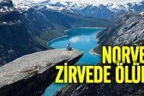 Norveç'in simgesi kayada korkunç ölüm