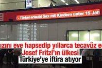 Viyana havalimanında Türkiye'ye iftira dolu yazı