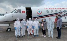 Türkiye, yurtdışında koronavirüse yakalanan bir aileyi daha ambulans uçakla aldırdı