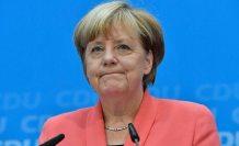 Merkel'den vatandaşlarına Covid-19 uyarısı