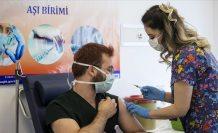 Türkiye'de aşı yapılan sağlık çalışanı sayısı 700 bini geçti
