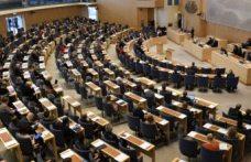 İsveç'te parlamento üyelerinin maaşlarına zam