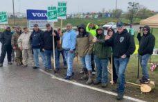 Volvo Kamyon işçileri yeniden grevde