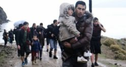 İnsanlık dışı müdahaleler onları durduramıyor - Sığınmacıların Yunanistan'a geçişi sürüyor!