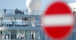 Coronavirüsü karantinasındaki 7 bin kişilik gemide 30 Türk var