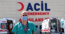 Bilim Kurulu üyesi Doç. Dr. Afşin Emre Kayıpmaz: Virüs, eski tehlikesiyle seyrini devam ettiriyor