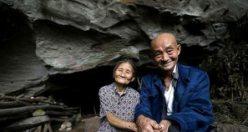 Yaşlı çift tam 54 yıldır ıssız bir mağarada yaşıyor!