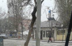 KULU'da kapa lapa kar yağmaya başladı ..VİDEO