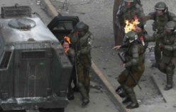 Göstericilerin polise molotoflu saldısı kameralara böyle yansıdı