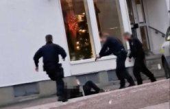 İsveç'te polis elinde bıçak bulanan kişiyi vurdu