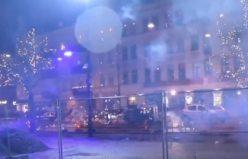 İsveç'te Havai Fişeklerle Yılbaşı Gecesi kameralara böyle yansıdı
