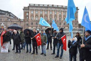Stockholm'de Türkmendağı protestosu