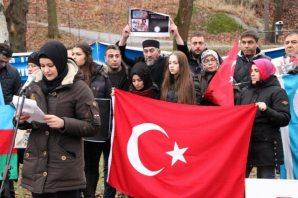 Stockholm Rus Büyükelçiliği önünde Türkmen Protestosu