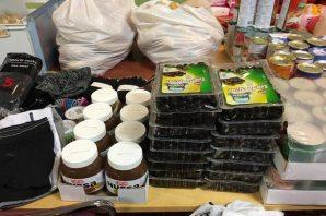 Rinkeby'den İsveç'te ki  sığınmacılara gıda ve giyim yardımı