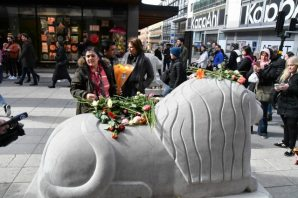 İsveç'te terör saldırısı kurbanları anıldı